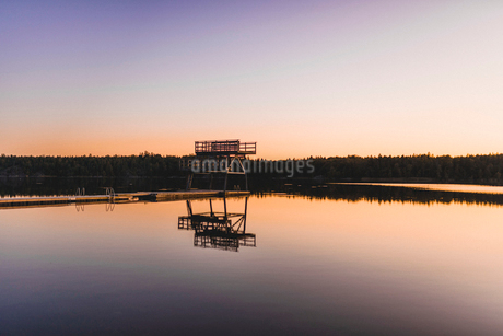 Wharf at Lake Flaten in Sodermanland, Swedenの写真素材 [FYI02208526]