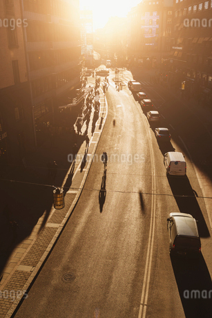 Street at sunset in Stockholmの写真素材 [FYI02208673]