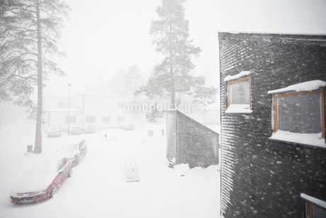 A snow covered town in Swedenの写真素材 [FYI02208707]