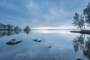 Lake in Ekereo, Swedenの写真素材 [FYI02208886]