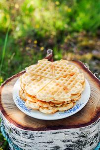 Stack of waffles outdoors in Swedenの写真素材 [FYI02208980]