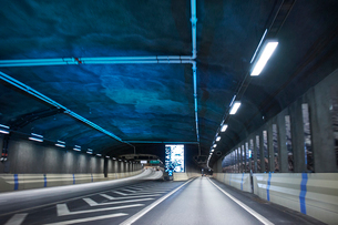 Inside a tunnel on the Norra Lanken Motorway in Stockholm, Swedenの写真素材 [FYI02209126]