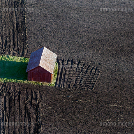 High angle view of barn in Hokby, Swedenの写真素材 [FYI02209323]