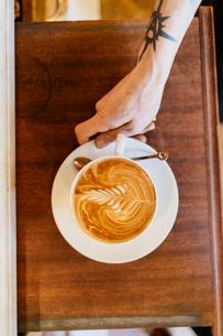 Coffee art at bakery in Swedenの写真素材 [FYI02209468]