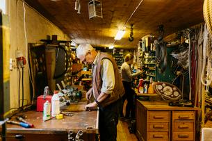 Rope maker in his shopの写真素材 [FYI02209486]