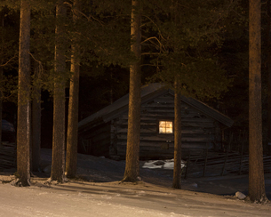 Cabin during winter in Dalarna, Swedenの写真素材 [FYI02210147]