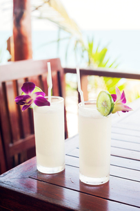 Lime soda at a beachside restaurant in Koh Tao, Thailandの写真素材 [FYI02211128]