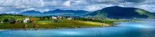 Village on Austvagoya Island in Norwayの写真素材 [FYI02211681]