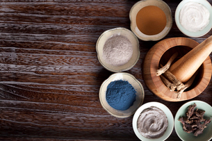Various facial care products with Chinese herb medicineの写真素材 [FYI02212055]