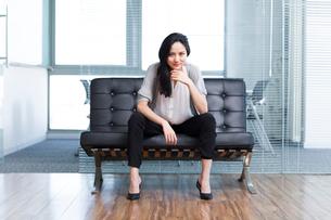 Cool female office workerの写真素材 [FYI02214006]