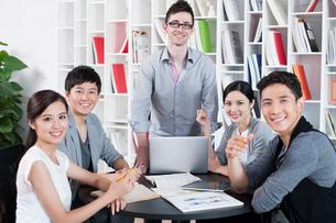 Portrait of office workersの写真素材 [FYI02214019]