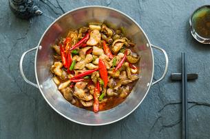 Chinese cuisine griddle pork intestinesの写真素材 [FYI02216307]
