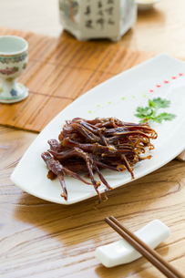 Chinese cuisine braised duck tonguesの写真素材 [FYI02216368]