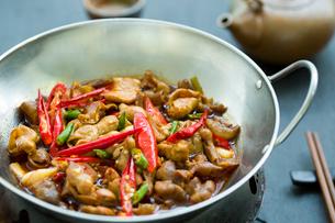 Chinese cuisine griddle pork intestinesの写真素材 [FYI02216565]