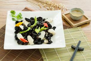 Chinese cuisine yam and mu-erの写真素材 [FYI02216868]