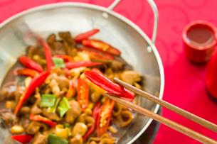 Chinese cuisine griddle pork intestinesの写真素材 [FYI02217220]