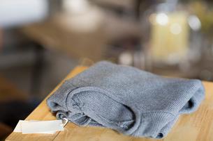 New sweaterの写真素材 [FYI02217915]