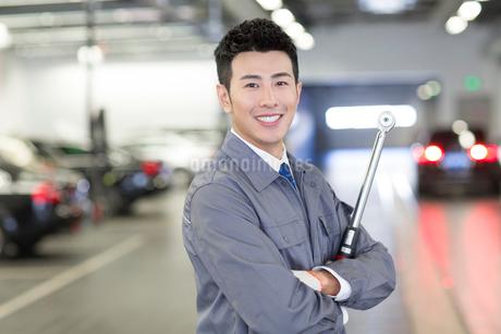 Auto mechanicの写真素材 [FYI02222141]