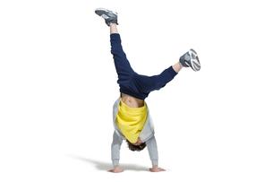 Cute boy break dancingの写真素材 [FYI02223528]