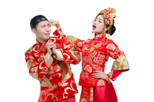 Humorous bride and groomの写真素材 [FYI02224526]
