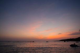 Sunset over sea in Taiwan, Chinaの写真素材 [FYI02225401]
