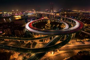 Shanghai cityscape at night,Chinaの写真素材 [FYI02225847]
