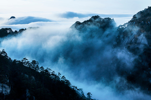 Mt Huangshan in Anhui province,Chinaの写真素材 [FYI02225877]