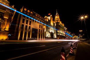 Shanghai cityscape at night,Chinaの写真素材 [FYI02225963]