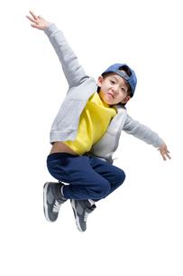 Cute boy break dancingの写真素材 [FYI02226046]