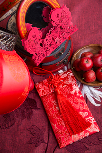 Chinese traditional items for Chinese New Yearの写真素材 [FYI02226472]