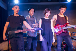 Confidence musical band on stageの写真素材 [FYI02226580]