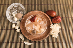 Tremella and lotus seed soupの写真素材 [FYI02226689]