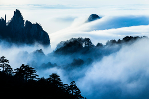Mt Huangshan in Anhui province,Chinaの写真素材 [FYI02227390]