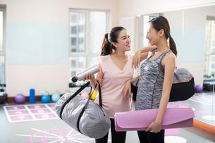 Postpartum fitnessの写真素材 [FYI02228904]