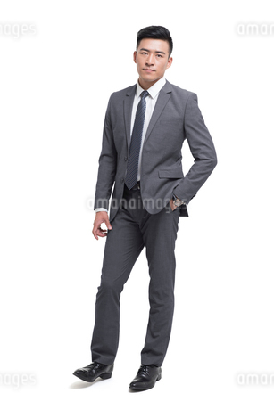 Portrait of young Chinese businessmanの写真素材 [FYI02231653]