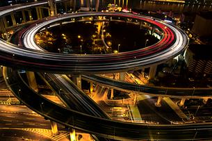 Shanghai cityscape at night,Chinaの写真素材 [FYI02231780]