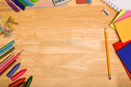 Overhead shot of pupils deskの写真素材 [FYI02235307]