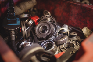 Close-up of automobile engine gearsの写真素材 [FYI02236302]