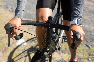 Midsection of athlete riding bicycleの写真素材 [FYI02236895]