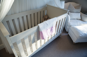 Wooden cradle with soft toyの写真素材 [FYI02242382]