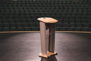Podium in stage at theaterの写真素材 [FYI02243437]