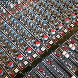 Soundboard in recording studio, Seattle, Washingtonの写真素材 [FYI02251759]