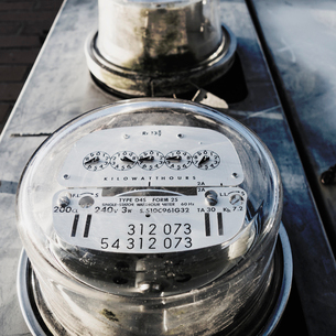 Dial of electric meter in Alleyの写真素材 [FYI02251891]