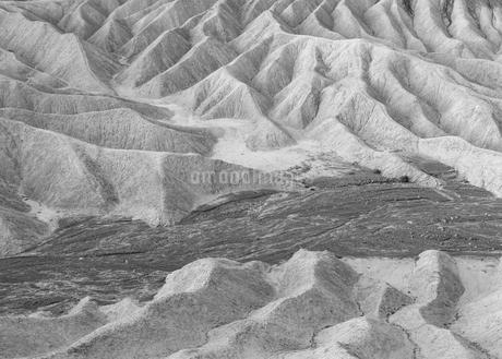Zabriskie Point at dawn, Death Valley National Park, USA.の写真素材 [FYI02255532]