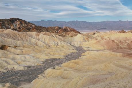 Zabriskie Point at dawn, Death Valley National Park, USA.の写真素材 [FYI02255844]