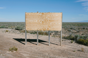 Blank billboard in desert, White Sands National Park, New Mexicoの写真素材 [FYI02256149]
