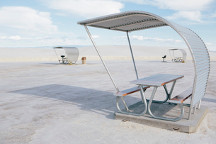 Picnic tables and shelters at White Sands National Parkの写真素材 [FYI02257192]