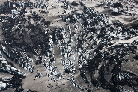 Aerial view of landscape with glacier and volcanic ash.の写真素材 [FYI02260339]