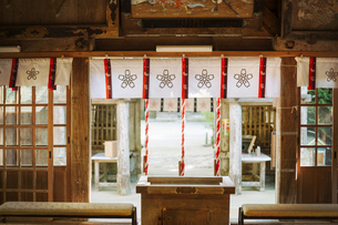 Interior view of Shinto Sakurai Shrine, Fukuoka, Japan.の写真素材 [FYI02261787]