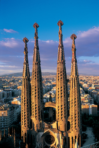 Spires of the Sagrada Familia in Barcelona, Spain.の写真素材 [FYI02262095]